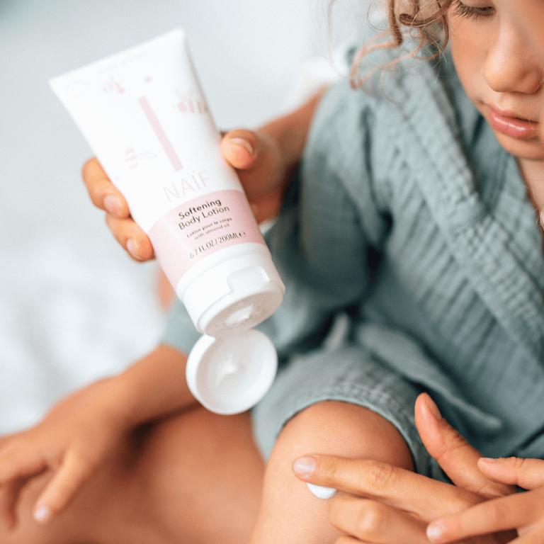 naïf softening body lotion